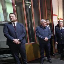 Predsjednica u posjetu vatrogascima (Video: Jurica galoić/Pixsell)