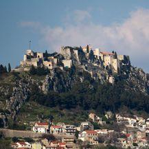 Pogled na tvrđavu Klis (Foto: Ivo Cagalj/PIXSELL)