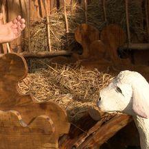 U Rijeci ukraden Isus Foto: Dnevnik.hr) - 3