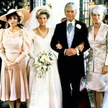 Scena vjenčanja Amande Carrington u seriji 'Dinastija'