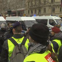 Prosvjed u Parizu (Foto: screenshot/Reuters) - 1