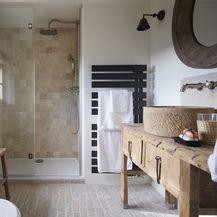 Rustikalno uređena kupaonica