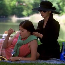 Sarah Michelle Geller i Selma Blair (Foto: Screenshot)