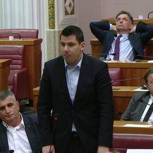 Nikola Grmoja rekao da se premijer Plenković pokušao fizički obračunati s njim (Video: Dnevnik.hr)