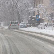 Snijeg stvara probleme na cestama (Foto: Dnevnik.hr) - 2