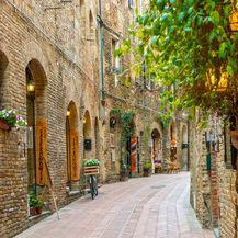 Ulica starog grada San Gimignano