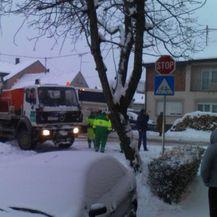 Autobus je nakon sudara s kamionom sletio s ceste i udario u kuću (Foto: radio-djakovo.hr)