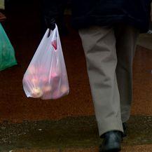 Neke vrećice besplatne, neke uz naplatu (Foto: Dnevnik.hr)