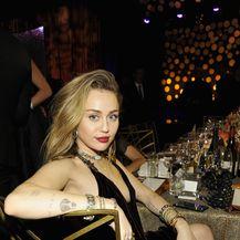 Liam Hemsworth i Miley Cyrus (Foto: Getty Images)