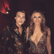 Elizabeth i Damian Hurley (Foto: Instagram)