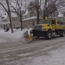 Polarna zima zahvatila je sjeverne države SAD-a (Foto: APTN) - 2