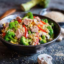 Salata od tune s kvinojom