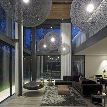 Visilice i lampe u obliku kugle veliki su trend u 2019. godini - 12