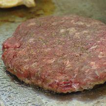Afera s mesom započela je u Poljskoj (Foto: Provjereno)