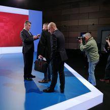 Uoči sučeljavanja na Novoj TV