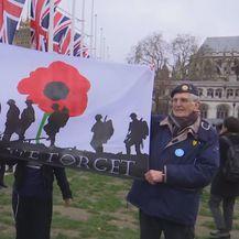 Slavlje na ulicama Londona zbog Brexita - 3