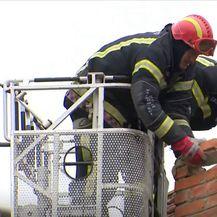 Vatrogasci saniraju štetu nakon potresa u Banovini - 2