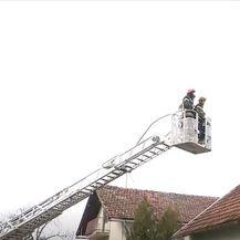 Vatrogasci saniraju štetu nakon potresa u Banovini - 3