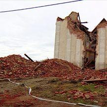Oštećenja na crkvi u Zažini nakon potresa