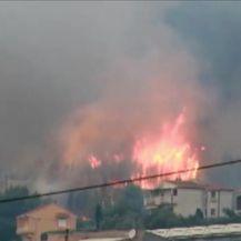 Požar na kući kod Splita (Video: PIXSELL)
