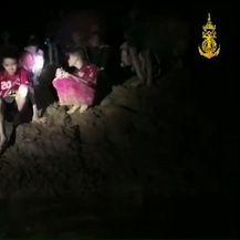 Dječaci zarobljeni u pećini morat će naučiti roniti (Foto: AFP) - 4