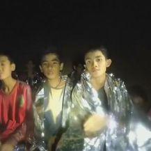 Objavljen novi video zarobljenih dječaka (Foto: screenshot/Reuters)