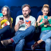 Mobiteli u kazalištu (Foto: Getty Images)