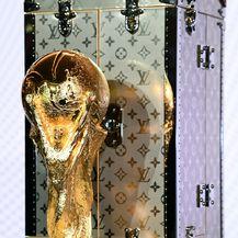 FIFA-in trofej i kovčeg modne kuće Louis Vuitton