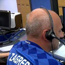 Kontrolori leta poslali poruku Vatrenima nakon što su nogometaši ušli u hrvatski zračni prostor (Video: Dnevnik.hr)