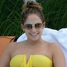 Jennifer Lopez u bikiniju - 2