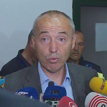 Ministar obrane Damir Krstičević posjetio Divulje (Dnevnik.hr)