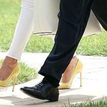 Melania Trump izabrala je žute štikle s iglenom potpeticom dizajnera Manola Blahnika