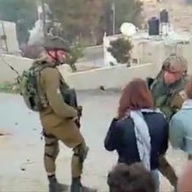 Ahed Tamimi izašla iz zatvora (VIDEO: Reuters)