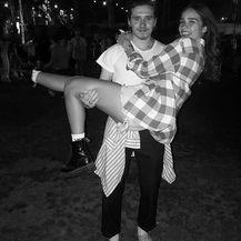Hana Cross i Brooklyn Beckham (Foto: Instagram)