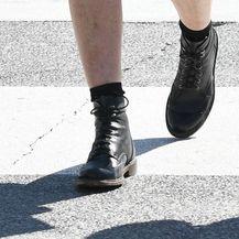 Ovakav tip obuće definitivno nije uobičajen za ljetne dane