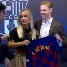 Josep Bartomeu, Mikky Kimeney i Frenkie de Jong (Screenshot: Instagram)