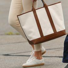 Melania Trump u skinny hlačama i tenisicama - 1