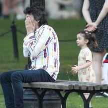 Ronnie Wood u parku (Foto: Profimedia)