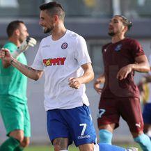 Gyurcso slavi pogodak protiv Gzire United (Foto: Robert Matić / hajduk.hr)