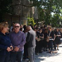 Okupljanje pred Ministarstvom demografije, obitelji, mladih i socijalne politike (Foto: Dnevnik.hr)