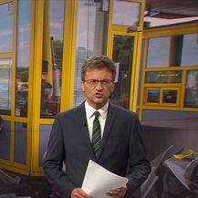Četiri osobe ozlijeđene u prometnoj nesreći na naplatnim kućicama (Video: Vijesti u 17h)