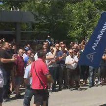 Prosvjed zbog zatvaranja mostarskog Aluminija (Foto: Dnevnik.hr) - 1