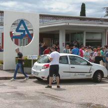 Prosvjed zbog zatvaranja mostarskog Aluminija (Foto: Dnevnik.hr) - 2