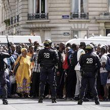 Stotine migranata izašlo na ulice Pariza (Foto: AFP) - 3