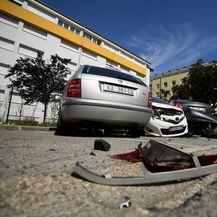 U sudaru oštećeni parkirani automobili (Foto: Marko Lukunic/PIXSELL) - 7