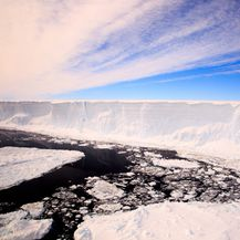Ledena santa A68 (Foto: AFP PHOTO / BRITISH ANTARCTIC SURVEY / ALI ROSE)