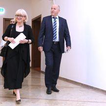 Vesna Bedeković s Brankom Bačićem u Saboru (Foto: Patrik Macek/PIXSELL)