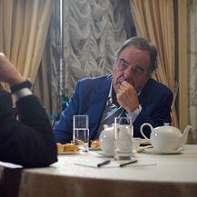 Vladimir Putin i Oliver Stone (Foto: AFP)
