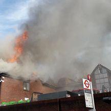 Veliki požar u Londonu (Foto: Twitter/London Fire Brigade)