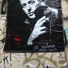 Joe Strummer, pjevač grupe The Clash u Punk Rock Street u Zagrebu